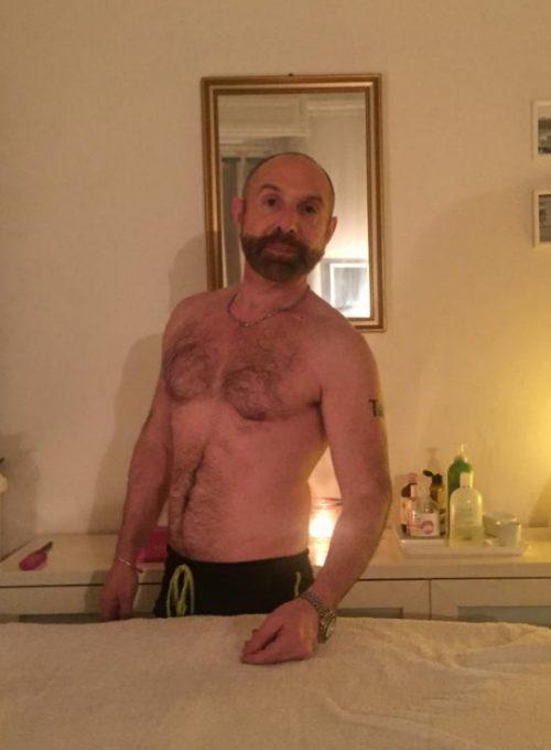 MILANOMassaggiatore specializzato in trattamenti per uomini