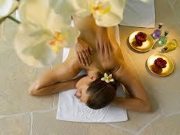 NAPOLI Giovane massaggiatore