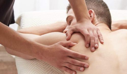TORINO Massaggiatore per soli uomini