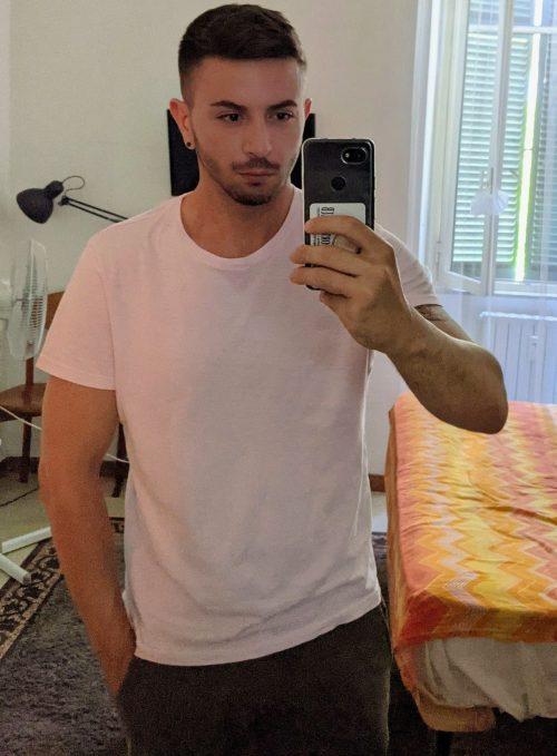 ROMA Bel ragazzo italiano sportivo, abile massaggiatore diplomato